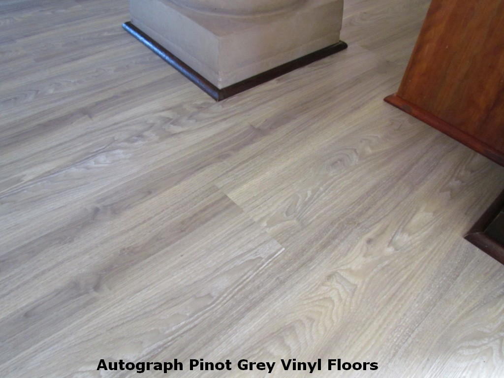 Linoleum flooring looks like wood pictures to pin on for Linoleum flooring wood look