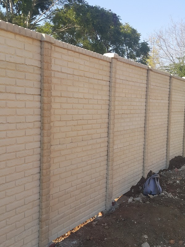 beige-coloured-brickcrete-concrete-precast-walls