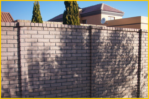 plum-coloured-brickcrete-concrete-precast-walls-with-stripes