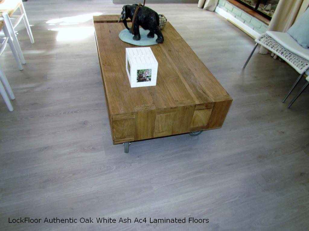 Very best Pretoria Laminated Vinyl Engineered Woodnen Floors And Blinds  SS05