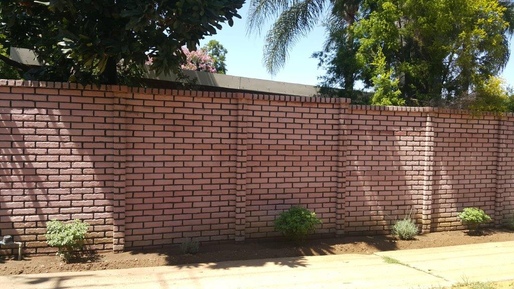 brickcrete-plum-coloured-concrete-precast-walls-